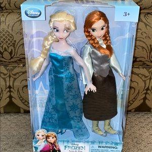 Frozen Anna & Elsa Dolls